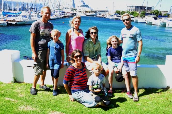 Familjen Fredholm-Ferreira, och vi. Ett lustigt sammanträffande.
