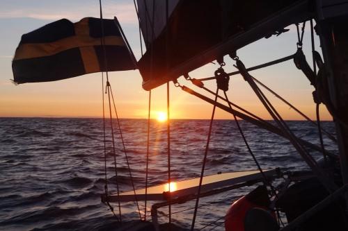 Vår sista solnedgång till sjöss