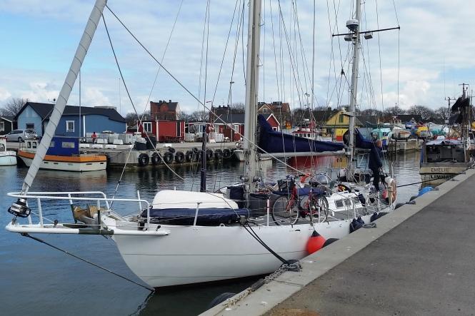 Mary af Rövarhamn vid kaj i Norra fiskehamnen.